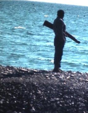 chasseur bord eau